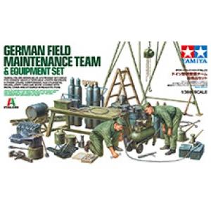 German Field Maintenance Team & Equipment Set